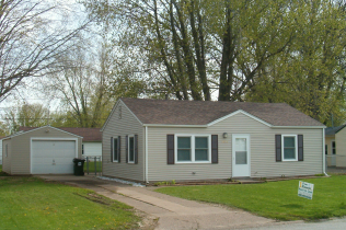 SOLD!!2815 W. 71st StreetDavenport, IowaRent to Own for $769 per month(including taxes & insurance)2 Bedrooms, 1 Bathroom, 1 Car Garage