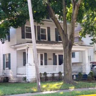 SOLD!!410 16th AvenueEast Moline, Illinois Rent to Own for $949 per month (including taxes & insurance)3 Bedrooms, 1½ Bathrooms, 2 Car Garage