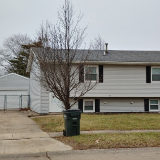 SOLD!!1109 Emerald DriveDavenport, Iowa Rent to Own for $1,145 per month (including taxes & insurance)3 Bedrooms, 1½ Bathrooms, 2 Car Garage