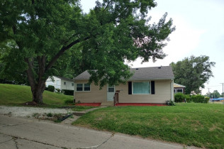 ROCK ISLAND - 3 BEDROOMS!!1104 37th AvenueRock Island, Illinois Rent to Own for $698 per month (including taxes & insurance)3 Bedrooms, 1 Bathroom