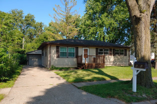RANCH WITH FINISHED BASEMENT!!8006 8 1/2 Street WestRock Island, Illinois Rent to Own for $1,048 per month (including taxes & insurance)3 Bedrooms, 2 Bathrooms, Garage